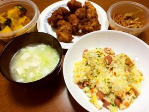 ソーセージの五目炒飯、衣ふんわり唐揚げ、白菜と豆腐の卵スープ、南瓜の煮物、大根と人参と油揚げのきんぴら