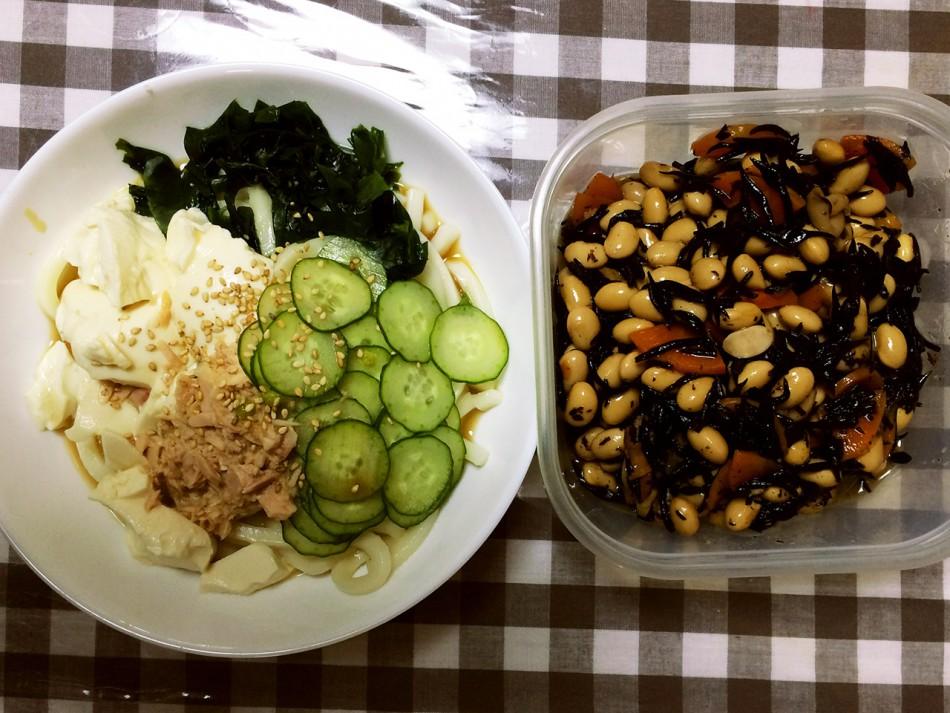 豆腐サラダうどん、ひじきと大豆の煮物